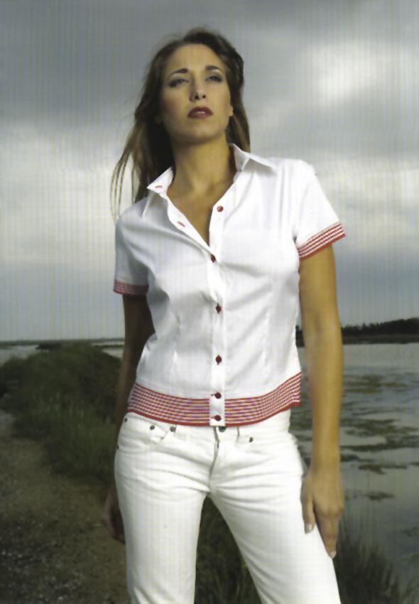 Pantaloni e T-Shirt